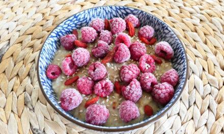 [Recette] Porridge banane-framboise au lait végétal